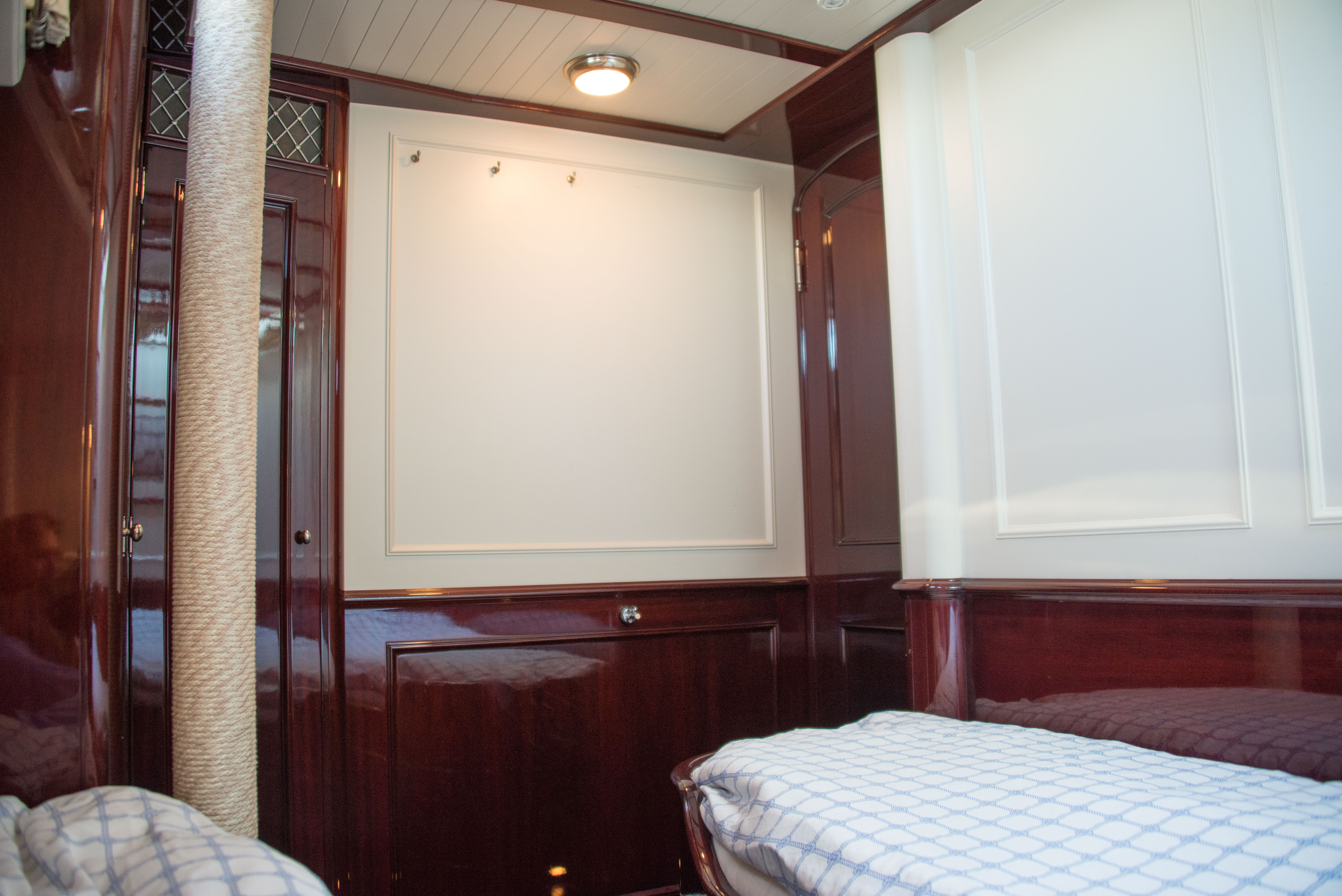 prt-aft-cabin-3jpg