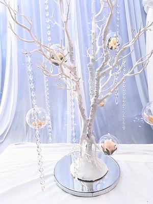 Mazarita tree centerpiece