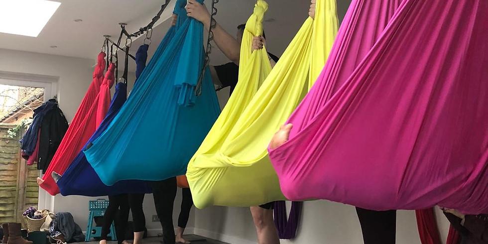 Aerial yoga mixed levels