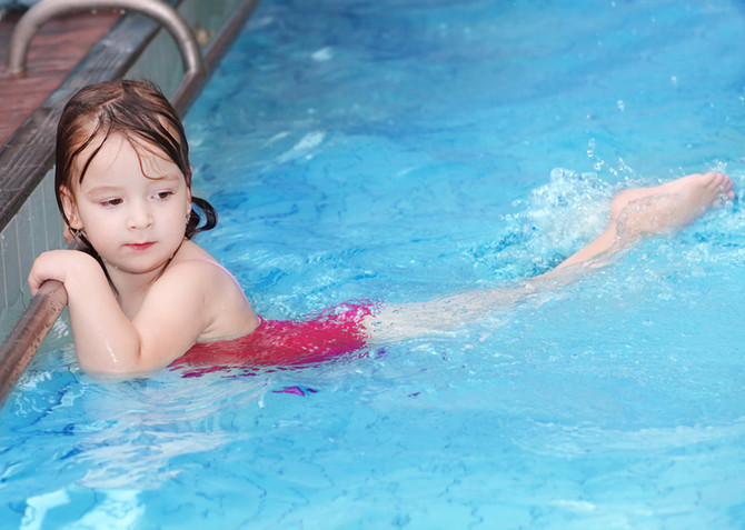 5 reasons your child should learn to swim