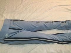 Pantalón abertura total con almohadillas