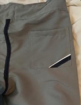 Detalle bolsas trasera de pantaloneta
