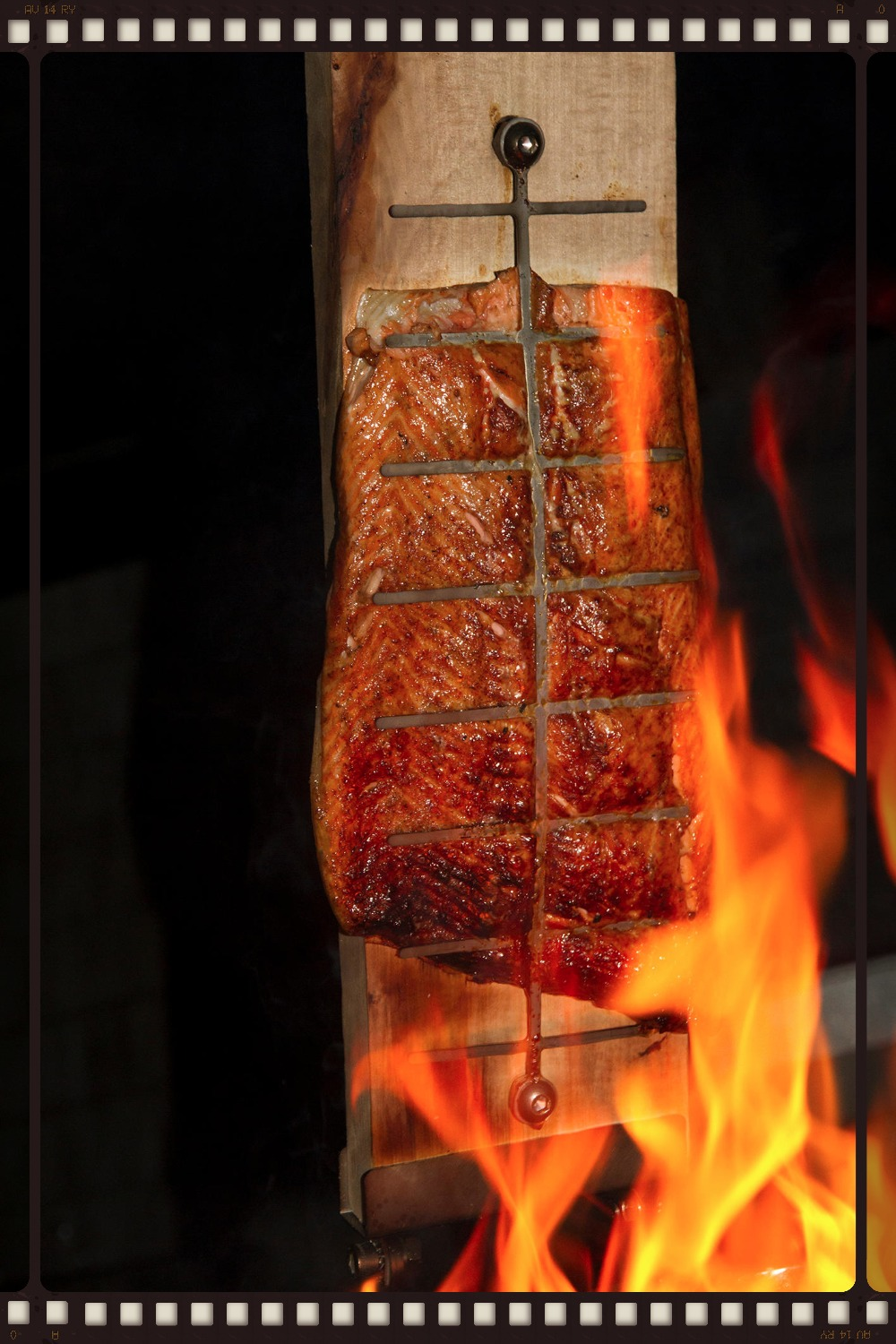 fire salmon from the cedar plank