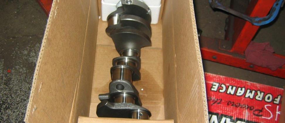 mustang engine 002.jpg