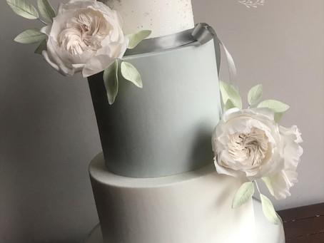 When should I book my Wedding cake?