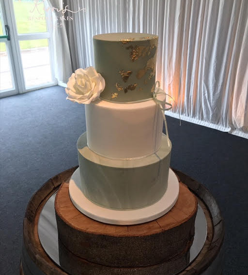 sage green wedding cake.jpg