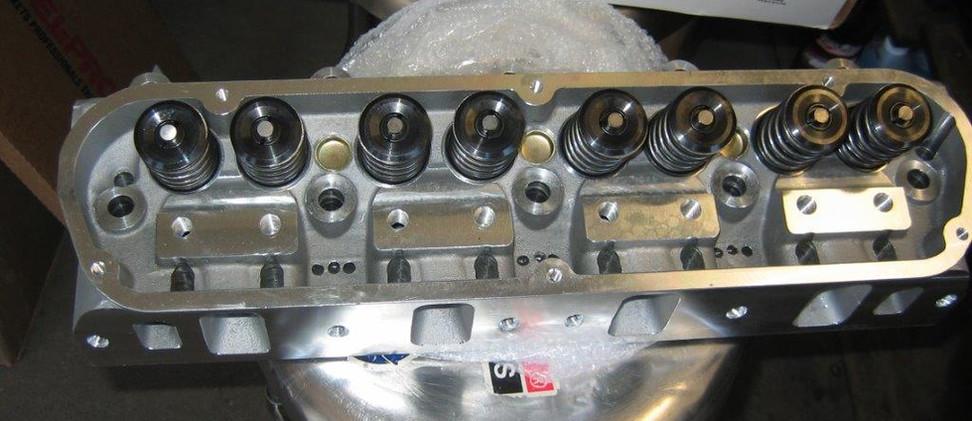 mustang engine 009.jpg
