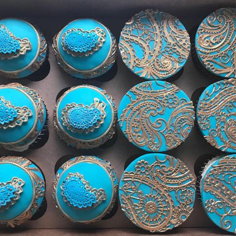 Turquoise henna cupcakes