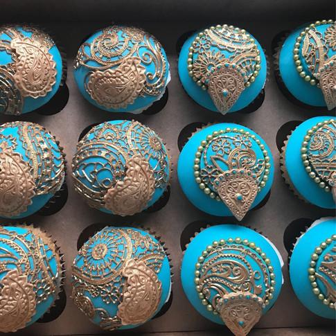 Henna cupcakes