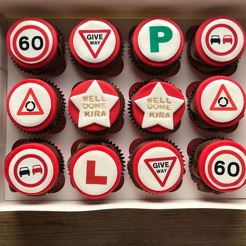 Driving test pass cupcakes