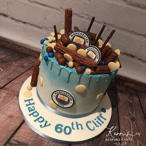 Manchester City football club drip cake