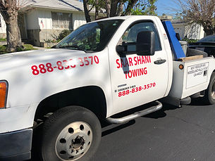 Towing & Roadside Assistance Service Van Nuys