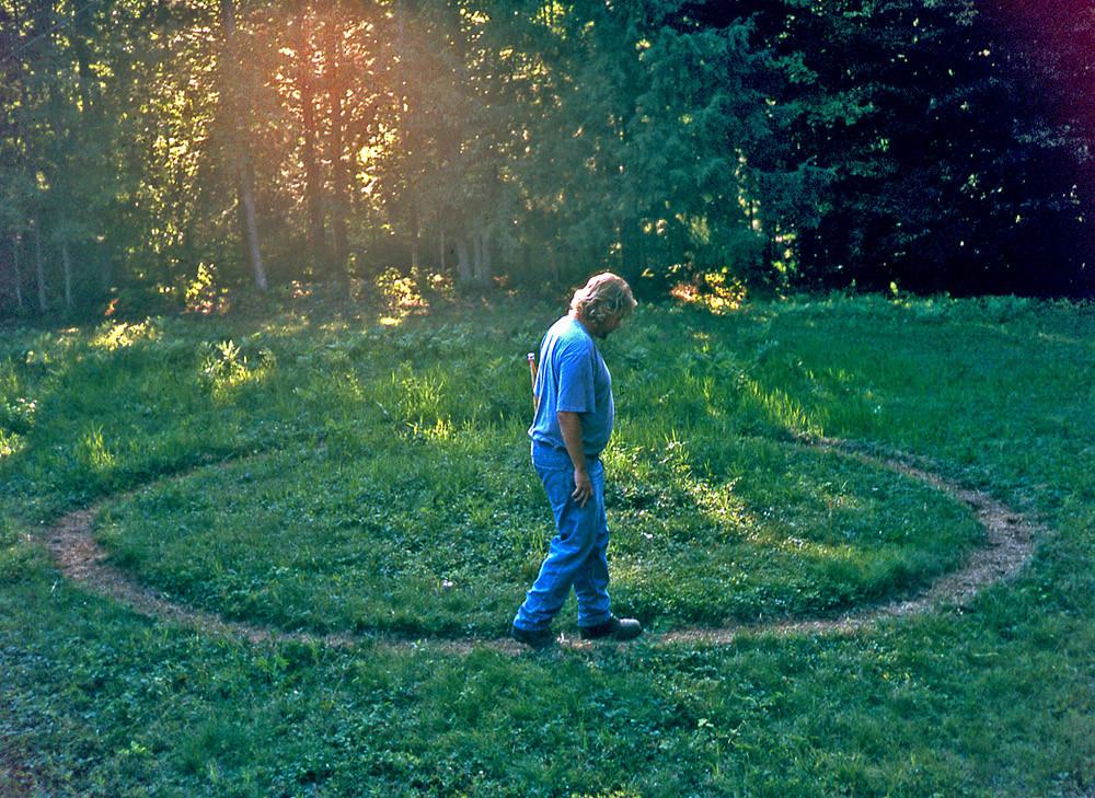 Tracing And, 2000, performance, Frank Meuschke Sculpture Land Art Antoni