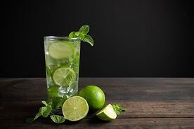mojito-drink-with-lime-lemon-mint-wood-t