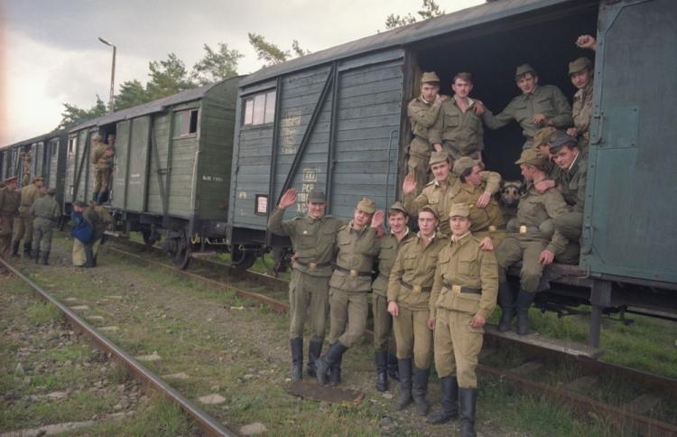 USSR Army leaving Poland