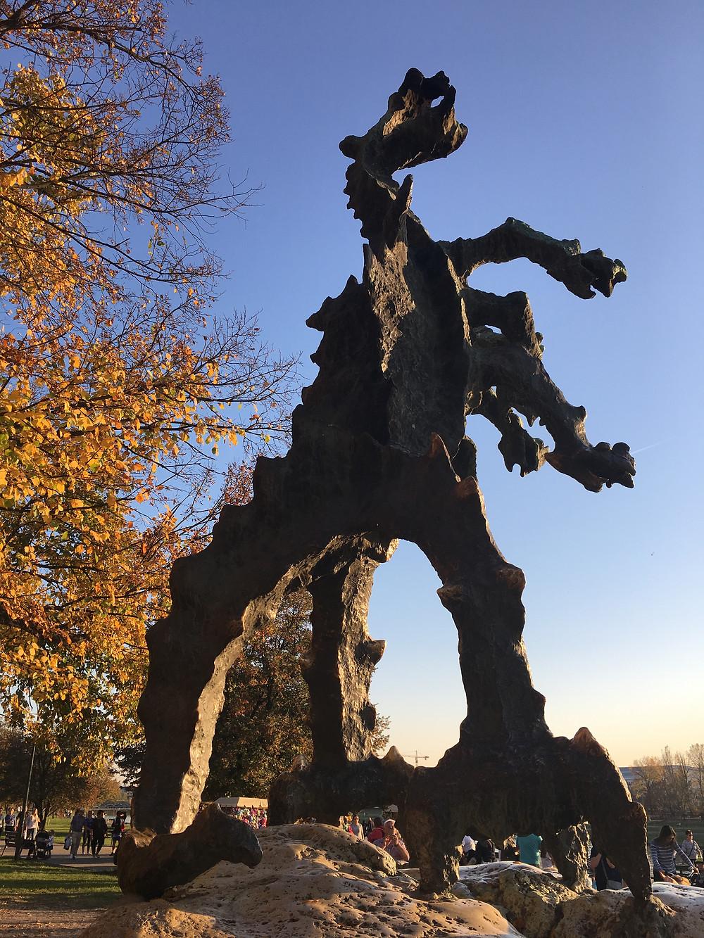 Krakow, Wawel, Dragon