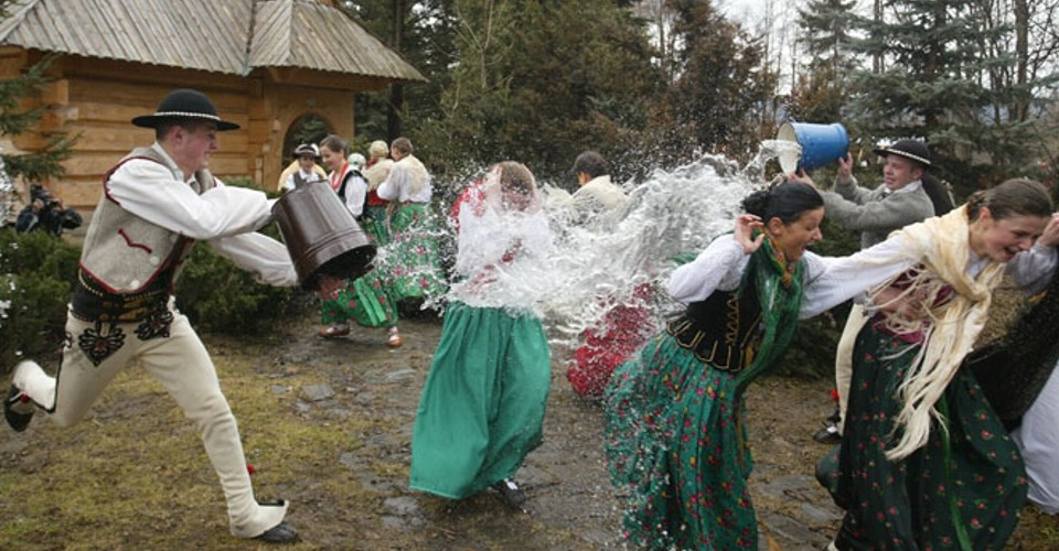 smigus-dyngus in Poland
