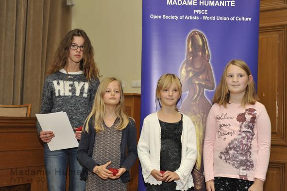 Madame_Humanité_16_013