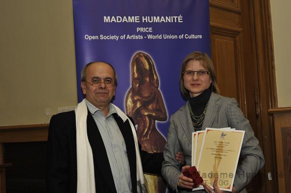 Madame_Humanité_16_063