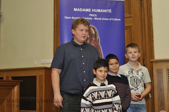 Madame_Humanité_16_019
