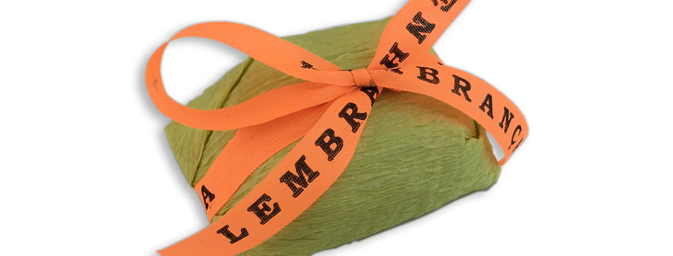 Green Wrapping with Orange Senhor do Bonfim Ribbon