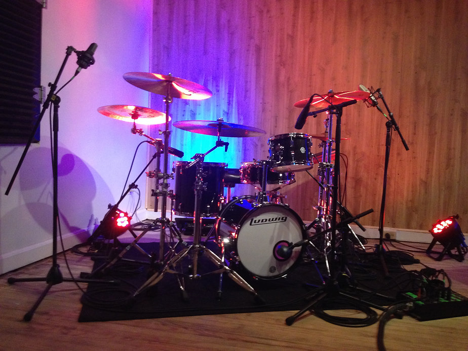 Zhach Kelsch's Ludwig Questlove cocktail kit set up at SixWill Studio. TRX Cymbals