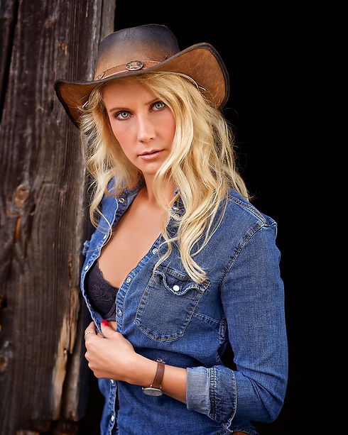 Cowgirl Shoot Chris Settele.jpg