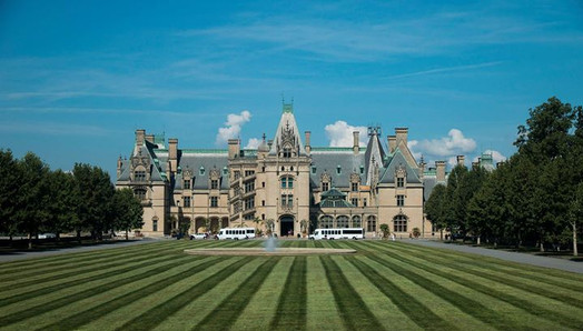 I took this 2 weeks ago while visiting Biltmore Estate in Asheville, NC.jpg