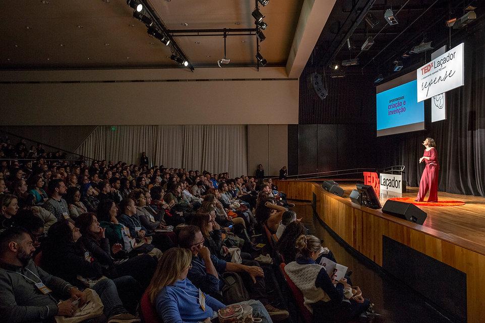 TEDxlacador2018.jpg