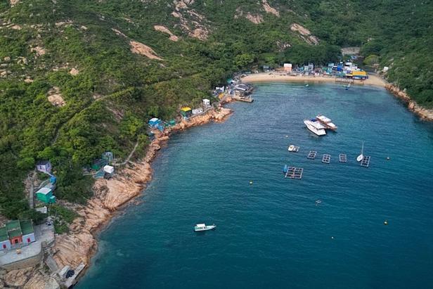 HK Junk Boats in a bay