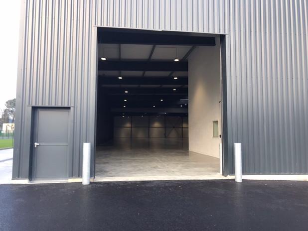 Accès porte sectionnelle