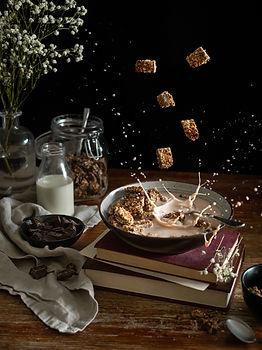 Photographie culinaire - Bol de céréales et lévitation