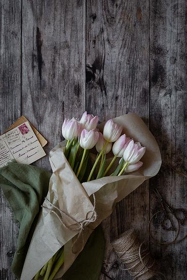 Tulipes et cartes (1 sur 1).jpg