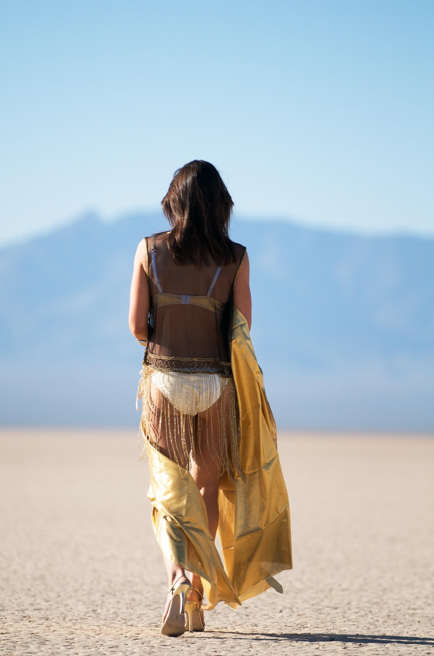 Desert Lake Amanda.jpg