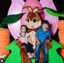 Valley Fair Mall Easter Bunny