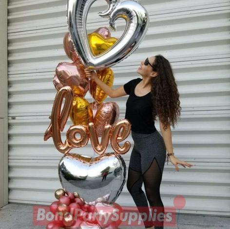 Love Balloon Scultpure