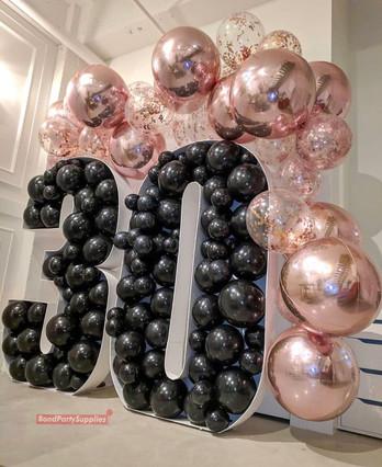 balloon Mosaics with garland