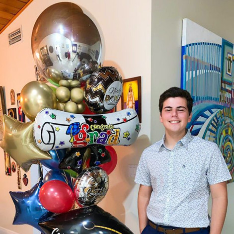 Happy Grad Balloon Sculpture