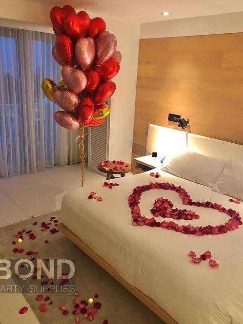 Jumbo Heart Bouquet +Heart Rose Petals