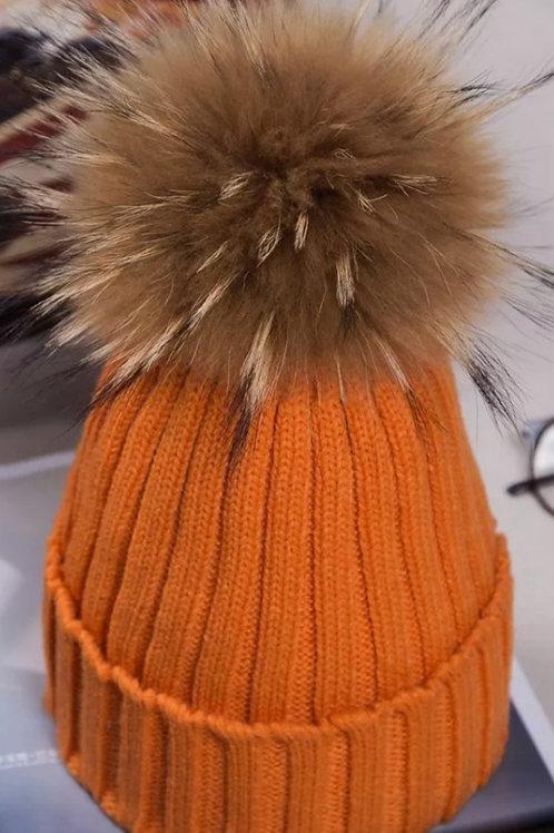 Pompom hat in orange