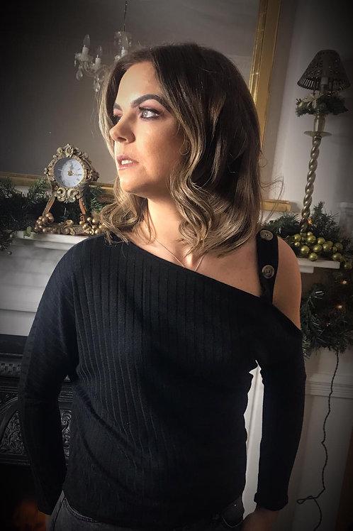 Lilia Off Shoulder Top in Black