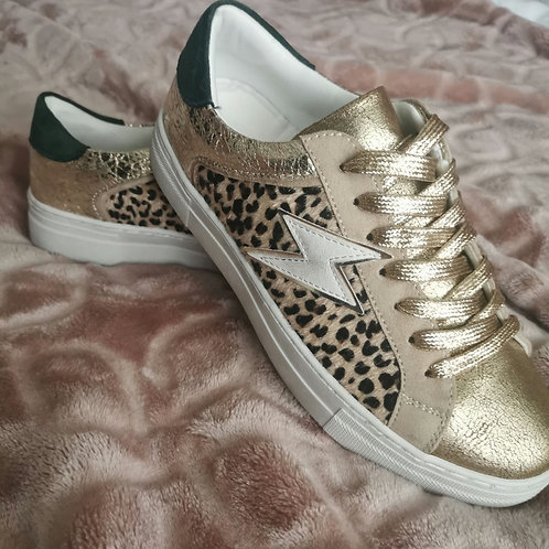 Tess Lightning Trainers in Gold with Dark Green Heel