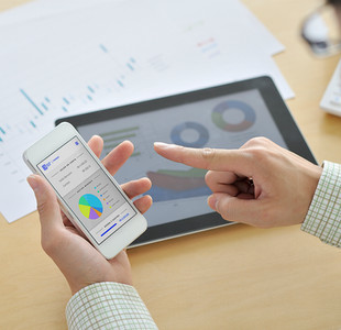 Real-time, fully integrated data and reporting at your fingertips