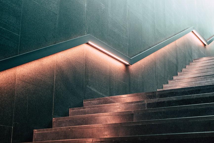 Treppe_nach_oben2.jpg