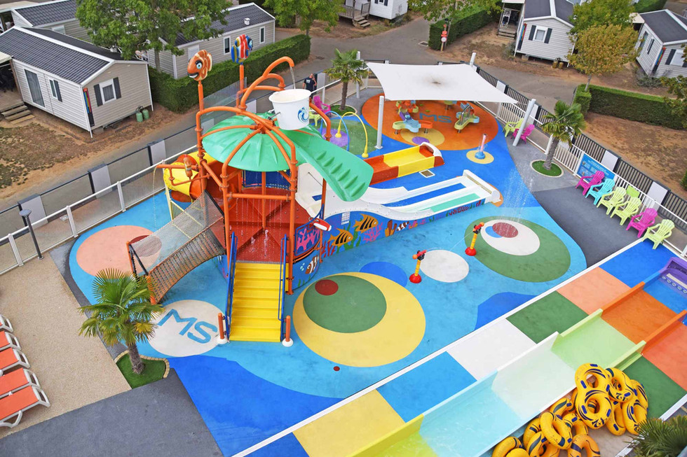 aire de jeux d'eau pour enfants