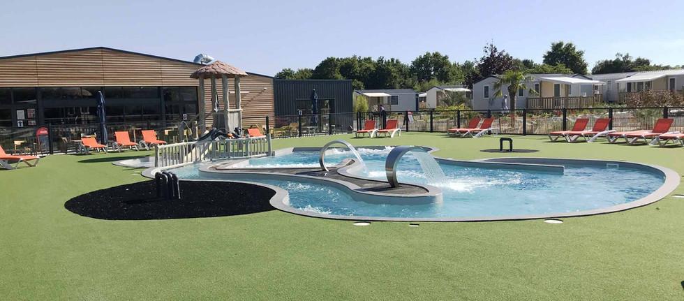 piscine multi-activités
