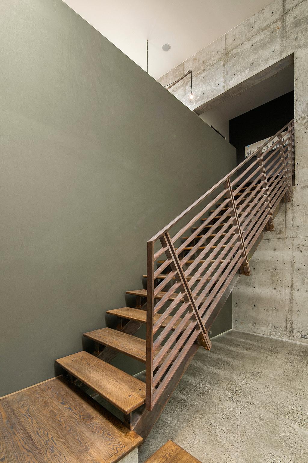 stairs_web.jpg