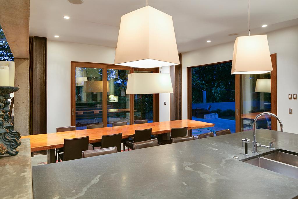 kitchen1_web.jpg