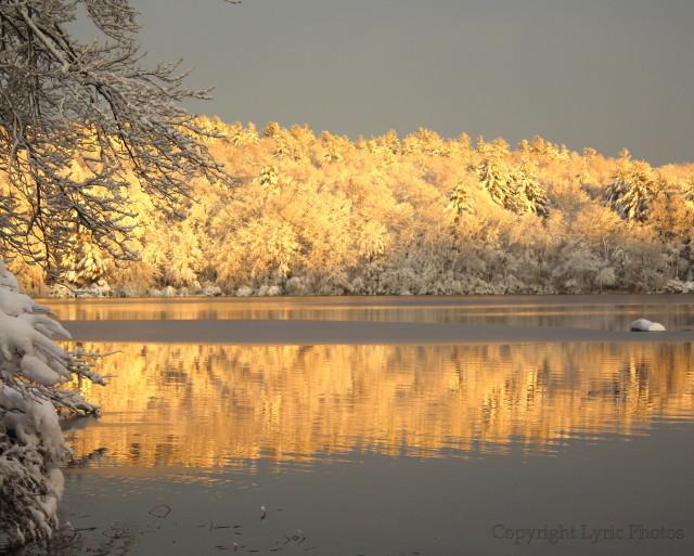 Lake Winthrop Holliston MA photo