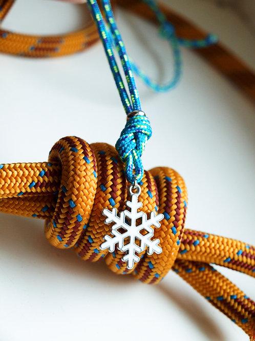 H8KNOT light blue snowflacke